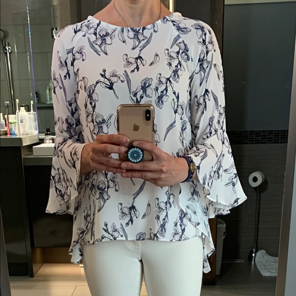 Floral flow shirt